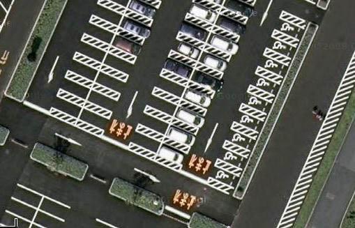 図1:駐車場